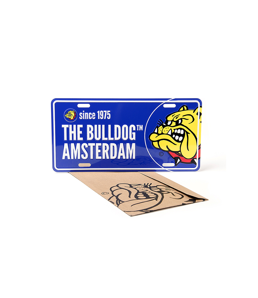 Show your pride with this Aluminium Bulldog styled license plate. 30cm x 15cm and available in 3 colours. Blue, black and grey.