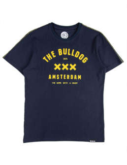 This stylish design is the perfect accessories to celebrate The Bulldog Amsterdam. The design carries embroidered lettering including the founding year 1975 and the compony motif, A name with a heart.